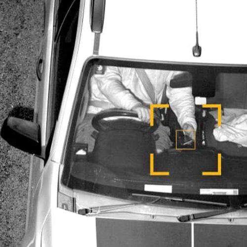 استفاده از گوشی هنگام رانندگی