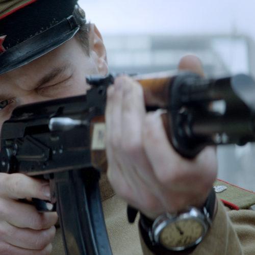 بررسی فیلم Kalashnikov - کلاشنیکف