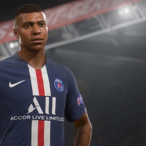 کراسپلی FIFA 21