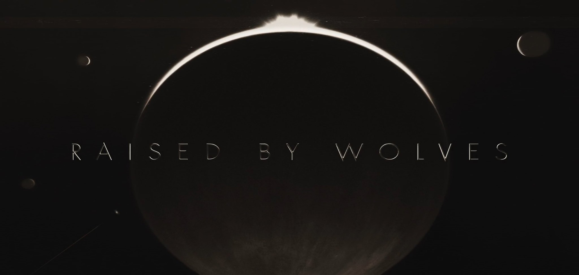 معرفی سریال Raised by Wolves