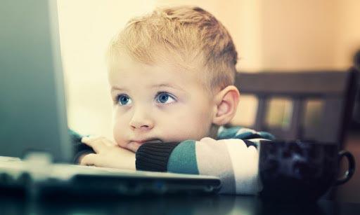 نگرانی والدین اینترنت