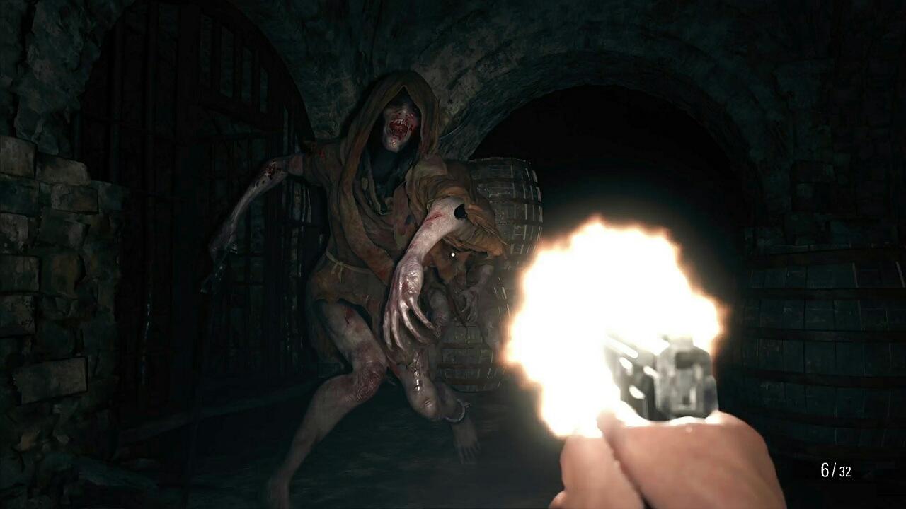 آموزش اولیه بازی Resident Evil Village