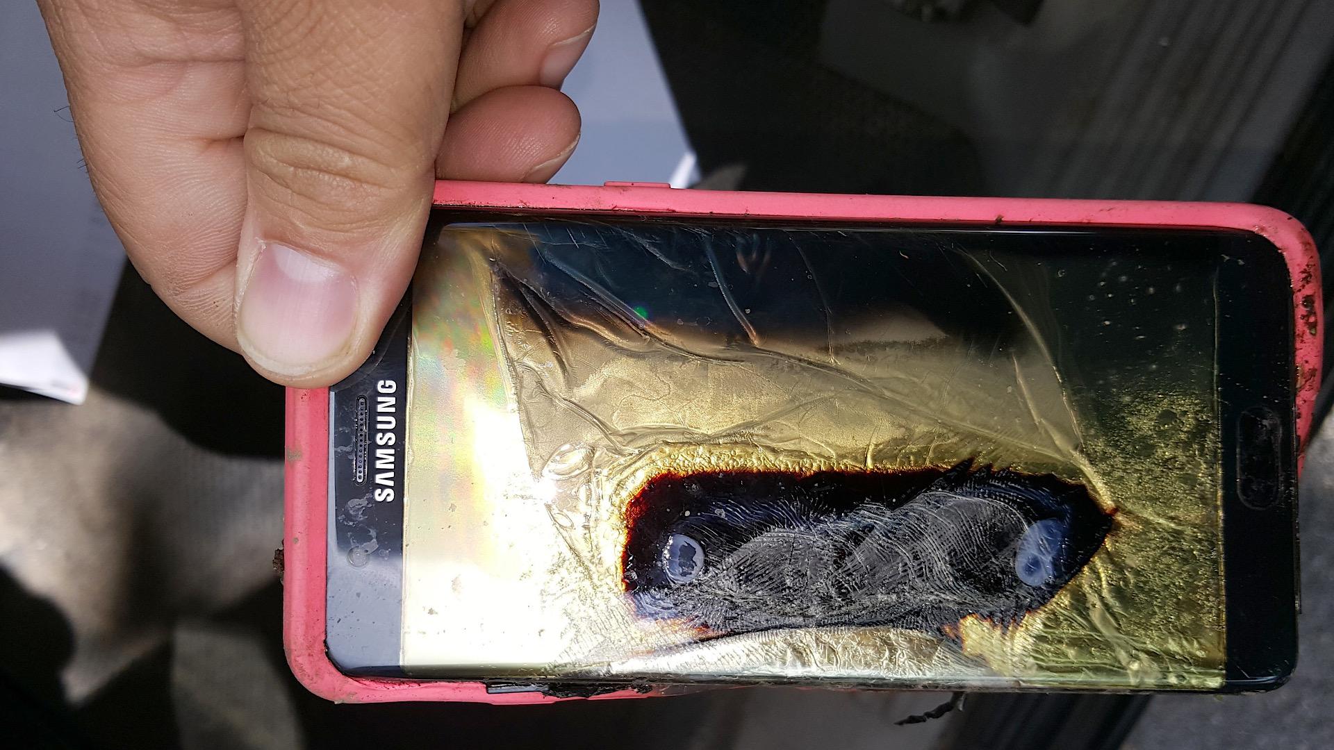 انفجار گوشی هوشمند